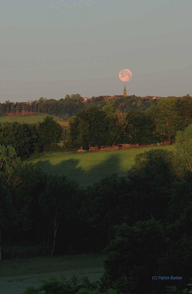 La lune du Puycasquier