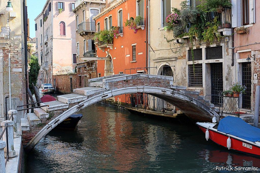 Le dernier pont sans parapet
