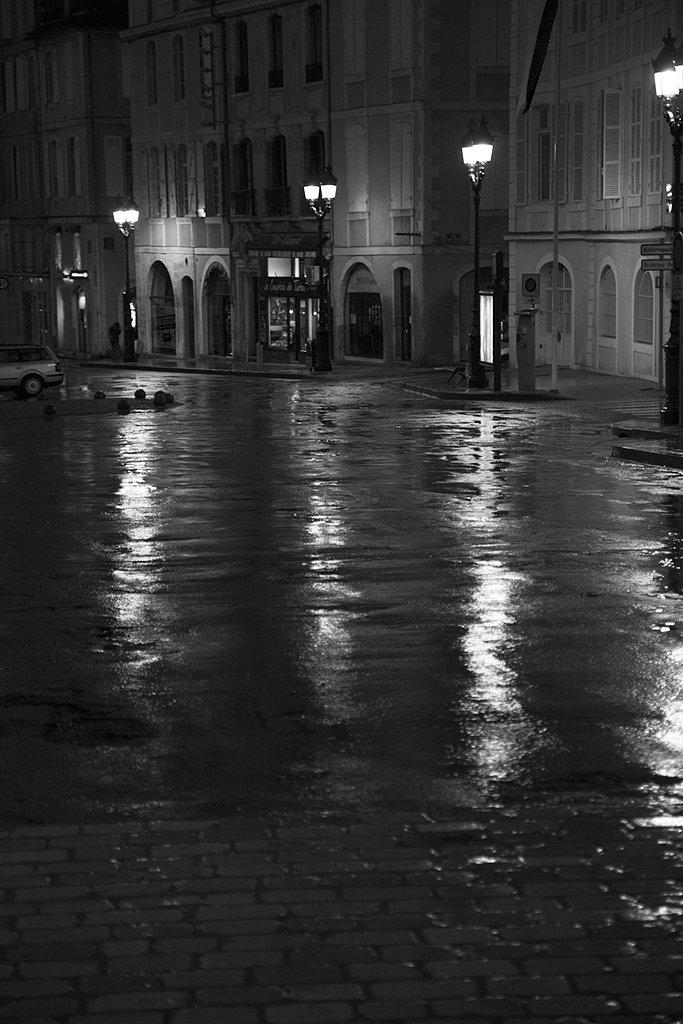 Auch-sous-la-pluie.jpg