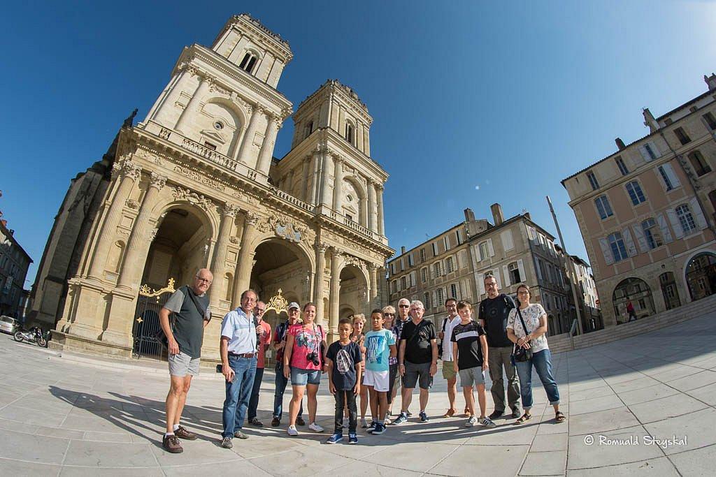 Sortie-cathedrale-2.jpg